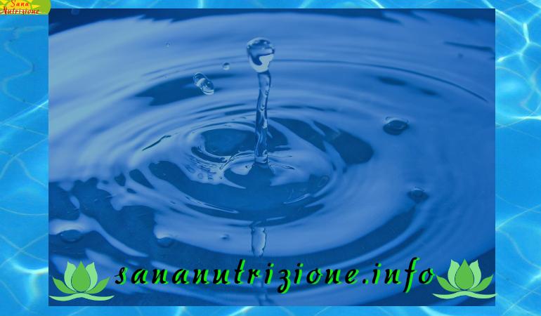Acqua semplicemente acqua un elemento vitale